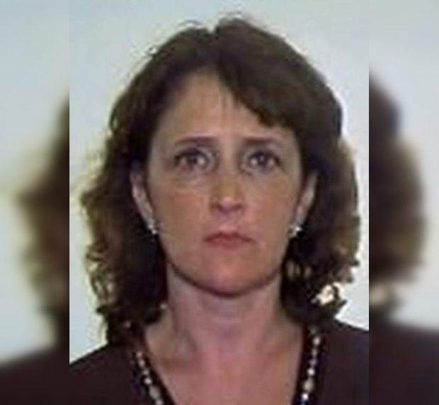 Liliana Victoria Sandu, o româncă urmărită prin Interpol, ar fi fost ajutată de fugă de un polițist din Italia.