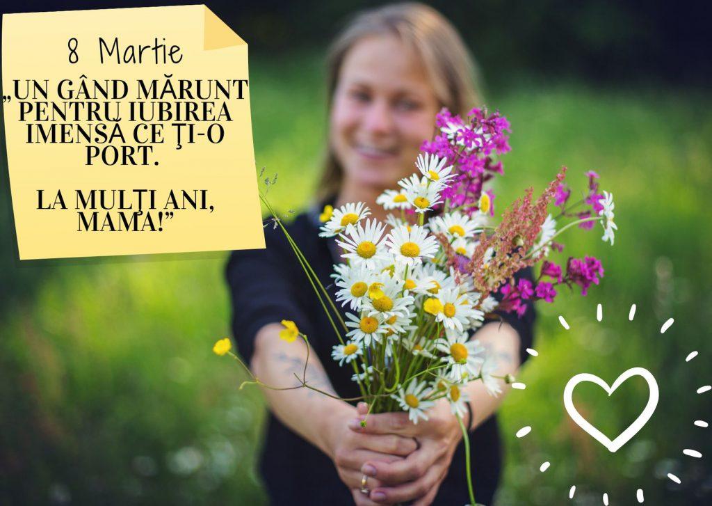 Mesaje de 8 Martie pentru mama- femeie ce întinde în față un buchet cu flori