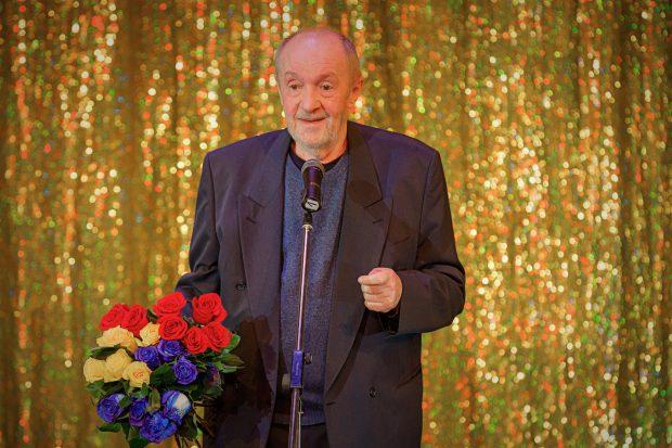 """Actorul Vladimir Găitan, memorabil la 72 de ani! """"Mă simt boșorog, vorba lui Piersic. Sper să mai trag de mine 2-3 ani"""""""