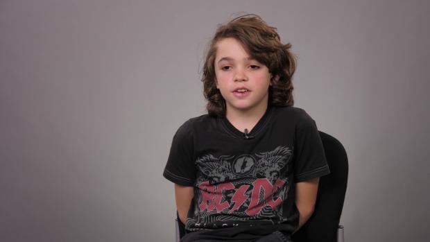 """REPORTAJ/ Ce facem cu copiii supradotați? La 11 ani, Tibi are IQ de savant: """"Aș vrea profesori care să nu țipe la mine"""""""