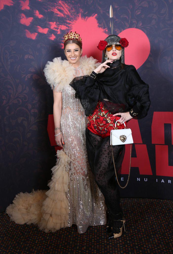 Iulia Albu alături de Anamaria Prodan