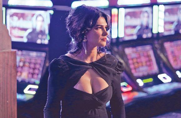 """Monica Bârlădeanu, apariție incendiară în serialul """"Vlad"""""""