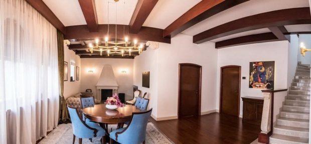 FOTO | Dinu Gheorghe își vinde vila din Primăverii cu 5 milioane de euro! Are pivniță cu ușă blindată, 10 camere, 7 băi și 10 locuri de parcare