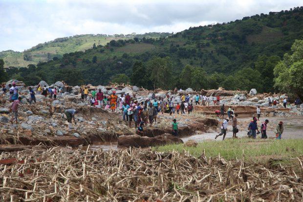 FOTO | Ciclonul Idai a făcut prăpăd în Mozambic. Bilanțul tragic al victimelor a urcat la 417 morţi!
