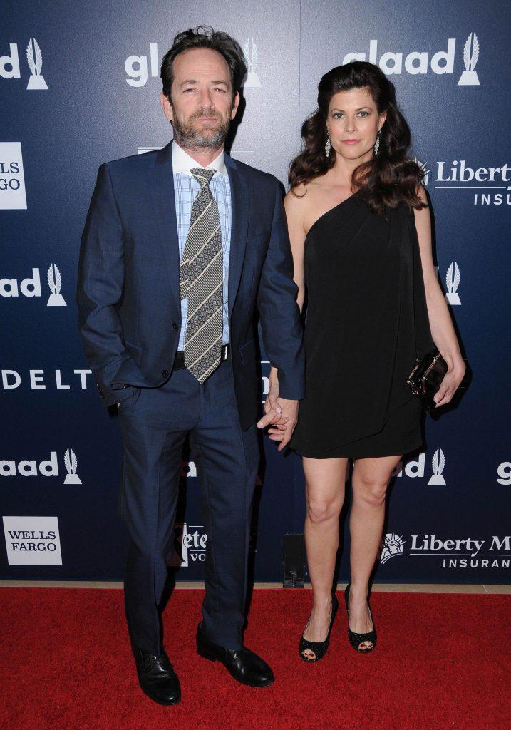 Luke Perry se logodise în secret înainte să moară. Urma să se căsătorească cu o terapeută de 44 de ani