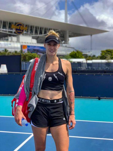 """Simona Halep este în """"optimi"""" la Miami. Urmează un duel cu Venus Williams"""