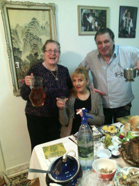 Legătura de dincolo de moarte dintre Ileana Ciuculete și Ion Dolănescu. Nașa artistei s-a ocupat de parastasele amândurora
