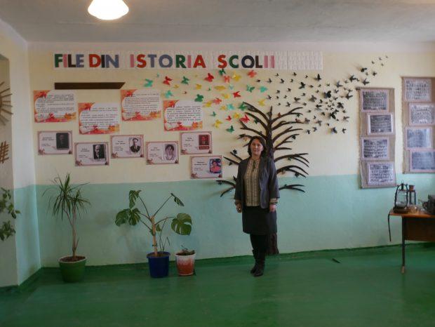 Svetlana Nagrineac, directoarea școlii din Mărculești