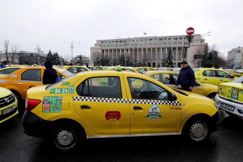 Protest Taximetristi: Protest Al Taximetriștilor în Piața Victoriei, Pe 20