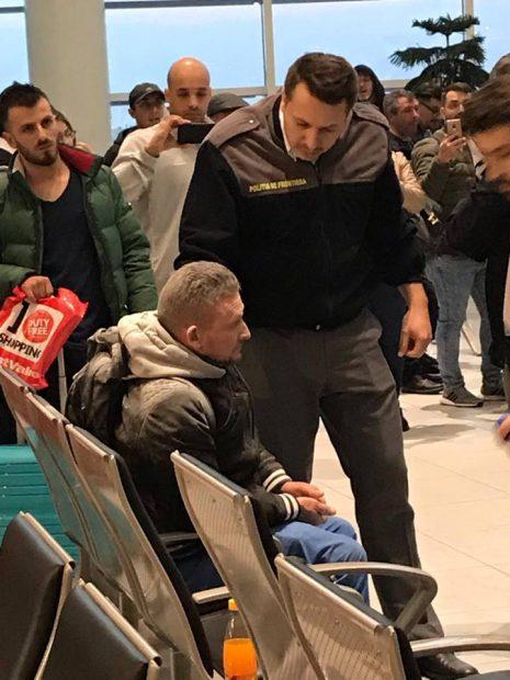 Bărbatul recalcitrant a fost imobilizat de polițiștii de Frontieră