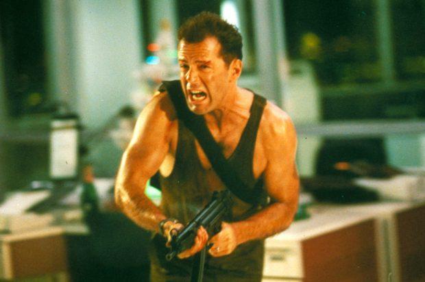 Filmele care erau să-i omoare pe Clooney, Stallone și Statham. Cele mai grave accidentări ale vedetelor de la Hollywood