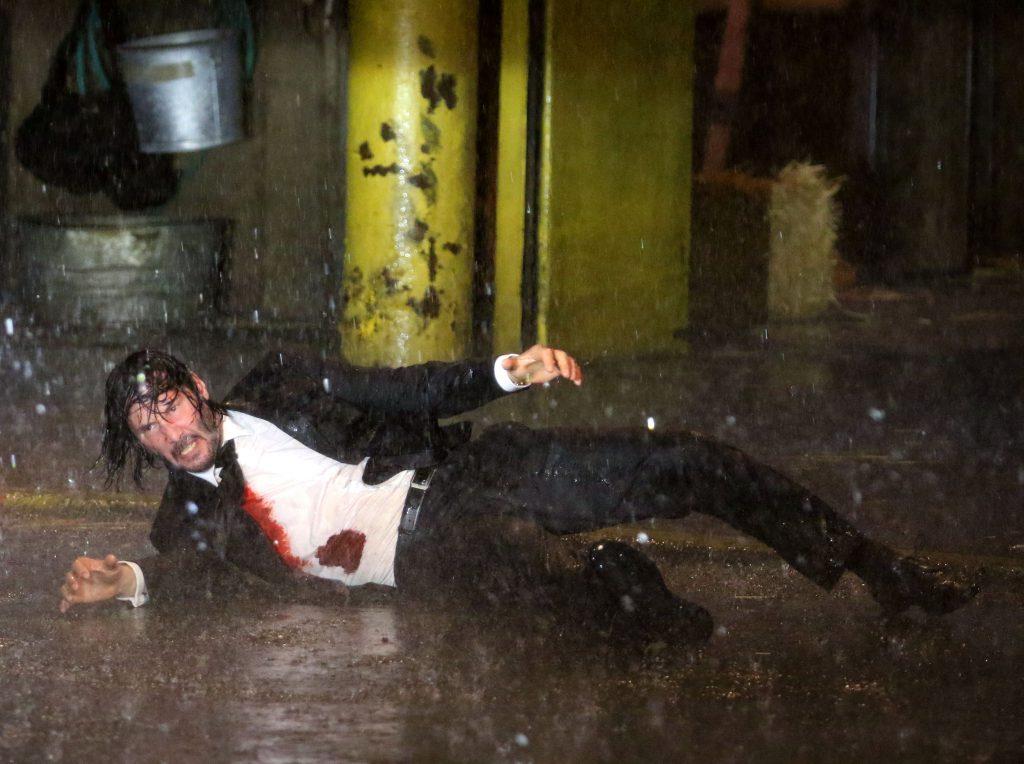 Keanu Reeves s-a antrenat din greu pentru cea de-a treia peliculă din seria John Wick. Ajutat de cei mai buni specialiști   VIDEO