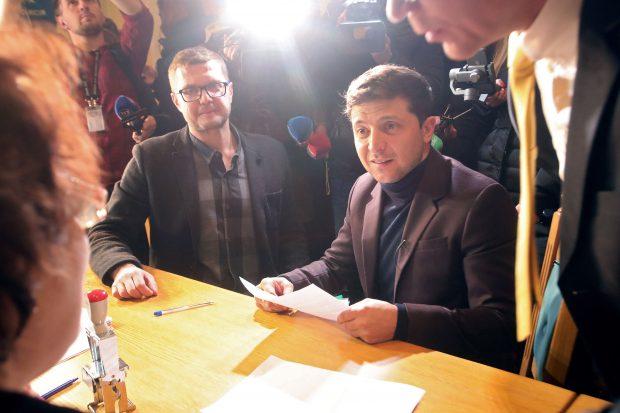 Comediantul și actorul Volodimir Zelenski este candidatul Partidului Servitorul Poporului în alegerile prezidențiale 2019 din Ucraina