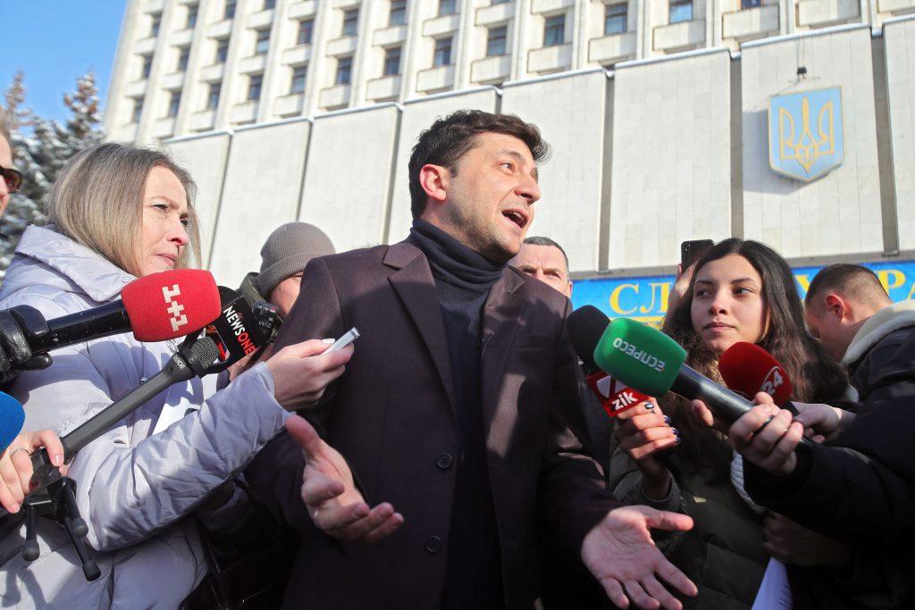 Actorul și comediantul Volodimir Zelenski dă declarații jurnaliștilor despre candidatura sa la alegerile prezidențiale din Ucraina 2019 (Foto: HEPTA)