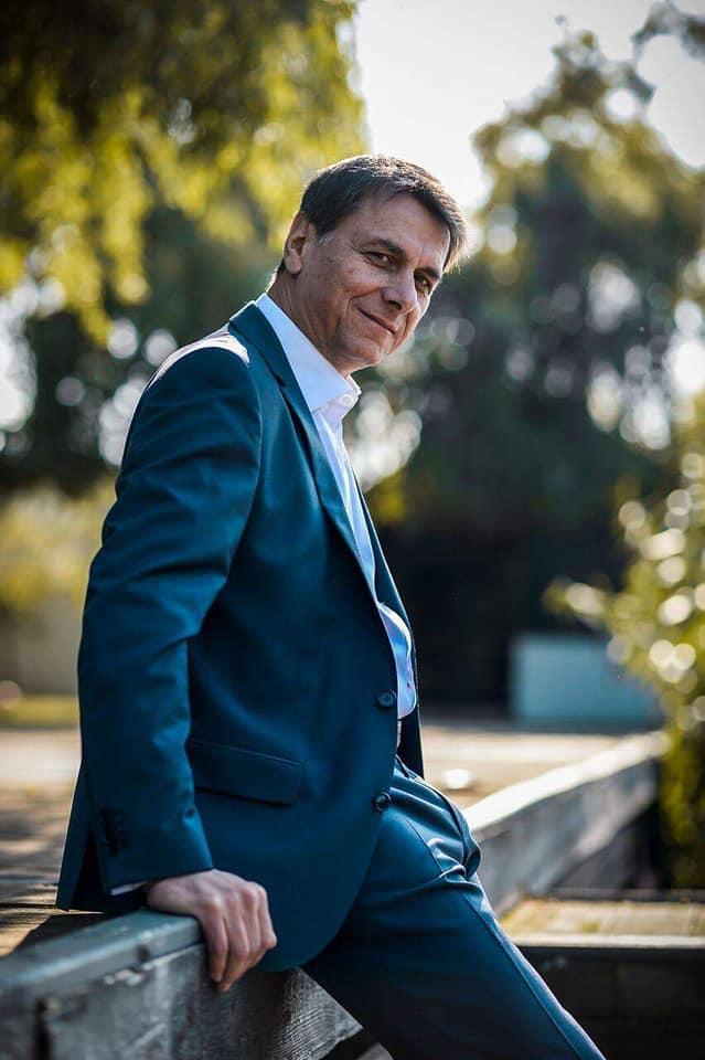 """Bogdan Stanoevici își face singur mâncărurile de Paște: """"Nu are cine să mi le pregătească"""". Soția a rămas în Franța"""