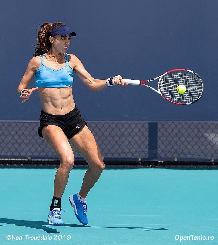 Mihaela Buzărnescu lucrează pentru tonusul muscular