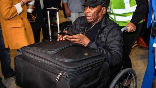 UPDATE. Brazilianul a revenit acasă. Pele a fost internat de urgență. Ce a pățit fostul mare fotbalist