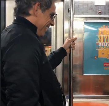 Ben Stiller i-a cedat locul în metrou. Reacția neașteptată a femeii | VIDEO