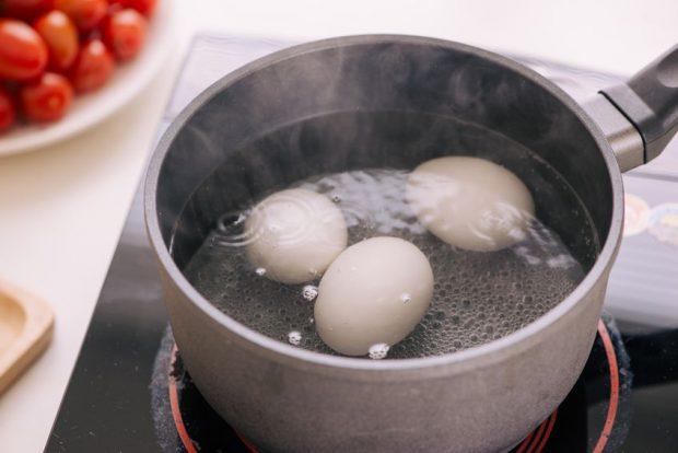 cat timp se fierb ouale
