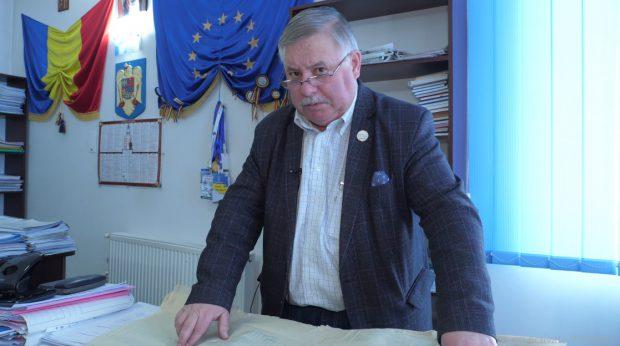 Nicolae Barbu, primarul comunei Valea Iaşului, vrea să facă din Bădila un sat turistic.