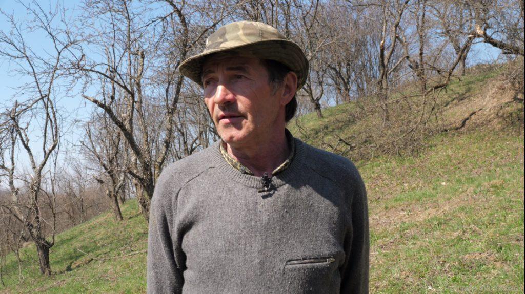 Doru Pătru locuieşte la Bărbălăteşti, în satul învecinat cu Bădila.