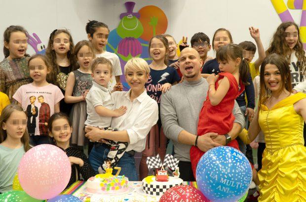 """Giulia Anghelescu și-a serbat copiii cu o petrecere de neuitat. """"Am avut cel mai bun organizator de evenimente, fetița mea"""""""