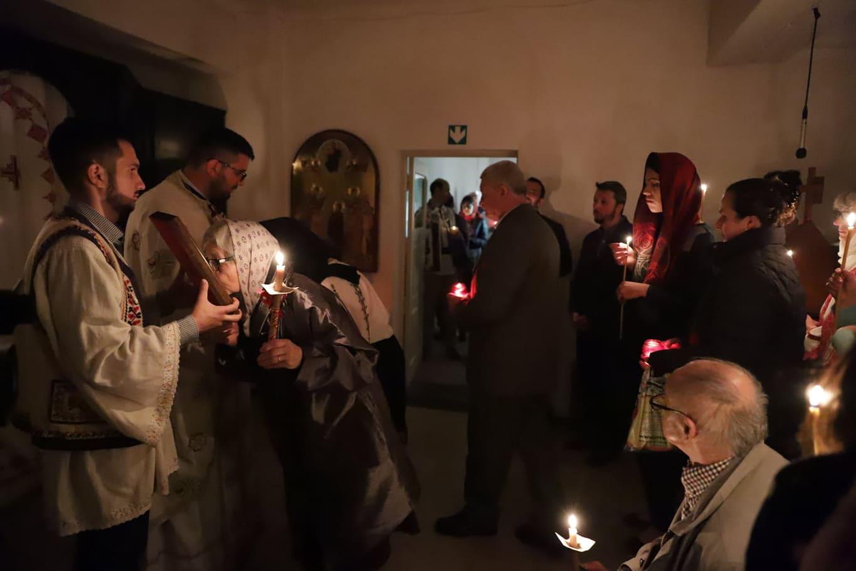 FOTO&VIDEO/ Am fost la Înviere acolo unde Iisus era batjocorit