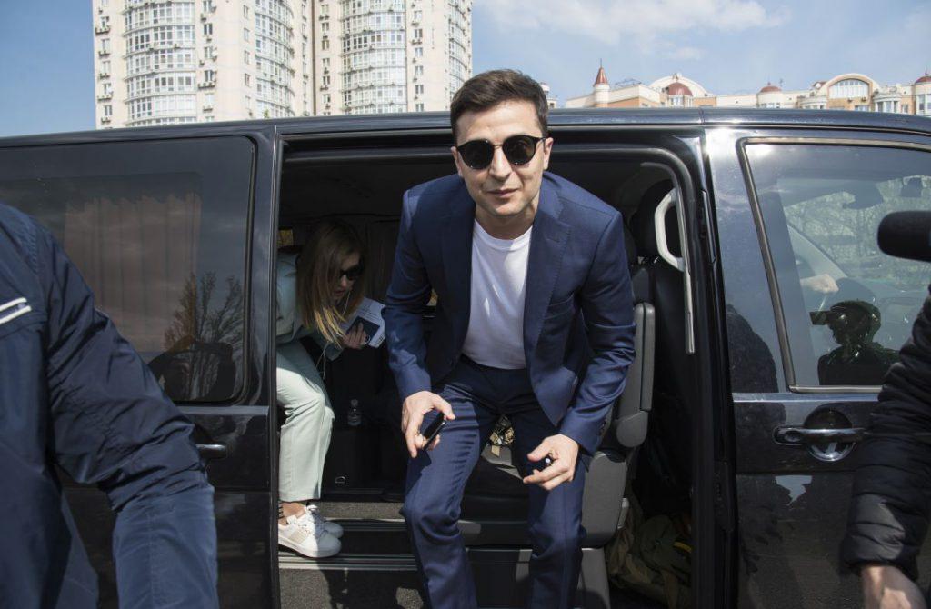 Cine este Vladimir Zelenski, noul președinte al Ucrainei. Exit-poll-urile îl dau câștigător detașat