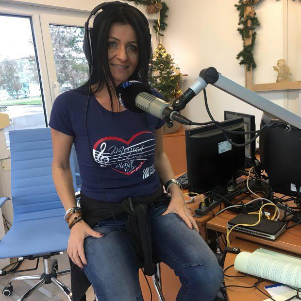 Șefa Radio România Reșița a trimis carul radiodifuziunii să-i aducă mobilă din Serbia! Este același manager care l-a ajutat pe primarul condamnat definitiv pentru că a luat mită