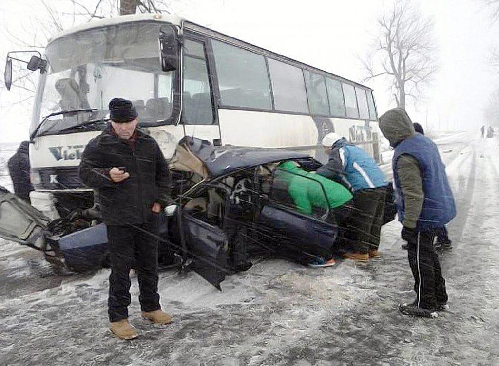 """""""Sicriul"""", mașina de serviciu a polițiștilor. Moartea a doi agenți de la Postul de Poliţie Transporturi Navale din Hârşova a fost un semnal de alarmă tras Ministerului de Interne încă de acum 4 ani"""