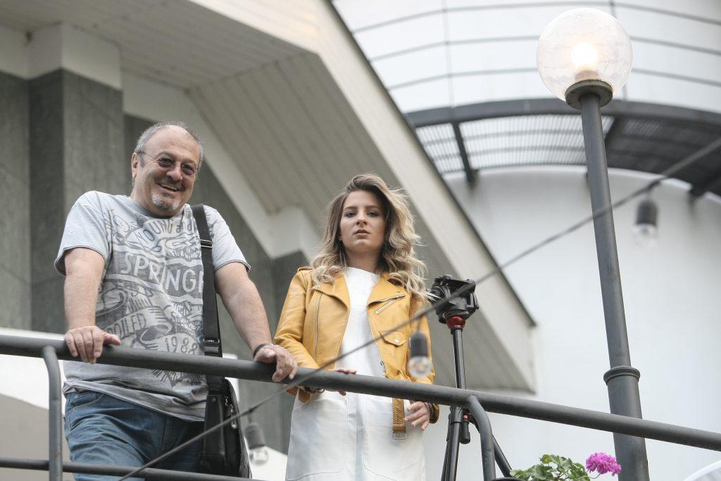 Ana Baniciu a ajuns cu avion privat la București, dar i-a dat palpitații tatălui ei