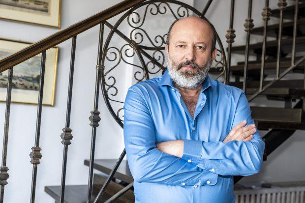 """Cine este Claudiu Istodor, actorul care joacă în serialul """"Sacrificiul"""", produs de Ruxandra Ion"""