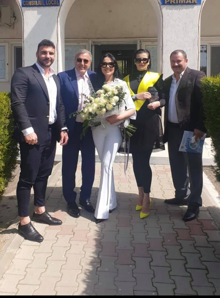 Ioana Simion și Ilie Năstase, în  ziua cununiei civile