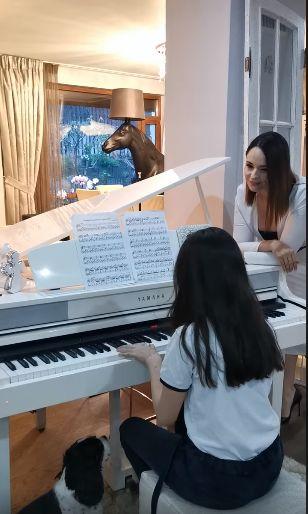 Care este relația Andreei Marin cu fiica ei, Violeta. Ce îi spune adolescenta vedetei