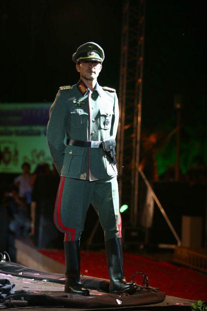 VIDEO | Cele mai bizare ținute în care a defilat Radu Mazăre: a fost faraon, războinic zulu, împărat roman sau ofițer nazist