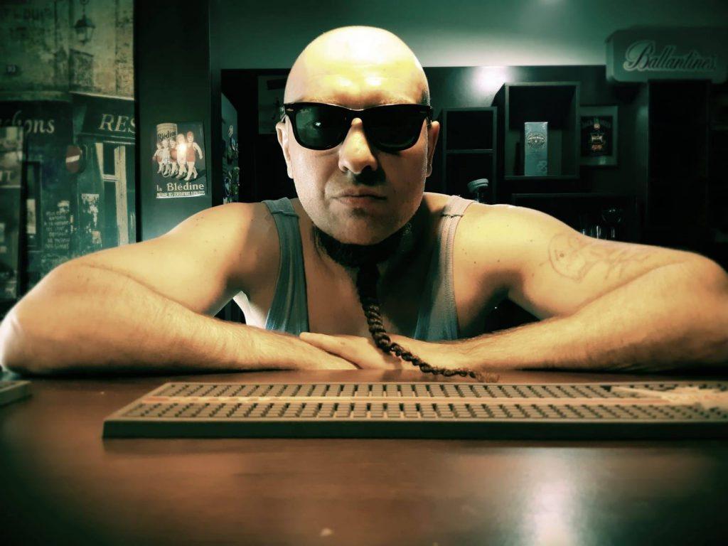 Cristi Minculescu face un experiment muzical cu Pacha Man