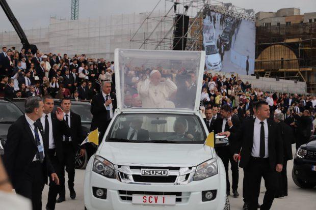 vizita Papei Francisc în România