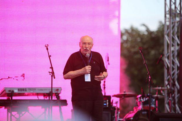 Mihai Șora, discurs în Piața Victoria la evenimentul