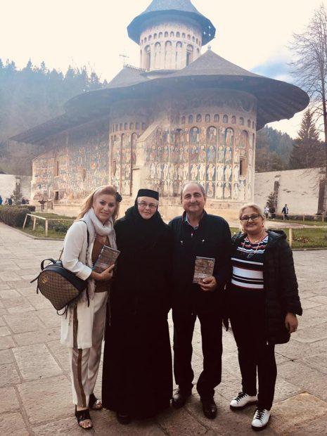 Valentina Fătu și Vasile Muraru fac turul mănăstirilor împreună