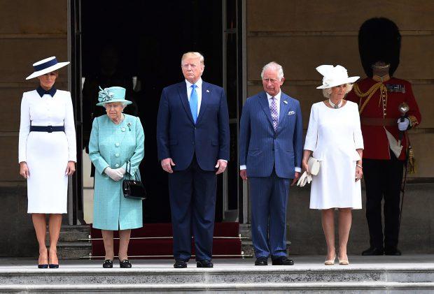Ținuta aleasă de Melania Trump pentru vizita din Marea Britanie, inspirată de vestimentațiile Prințesei Diana / FOTO&VIDEO