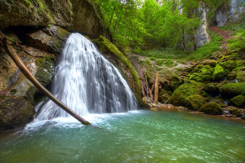 Cascada Evantai - obiectiv turistic din România