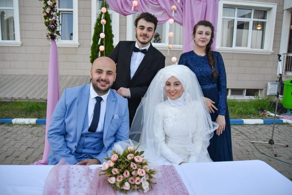 Drama güleniștilor din România. Poză de la nunta lui Ahmet cu Tuba