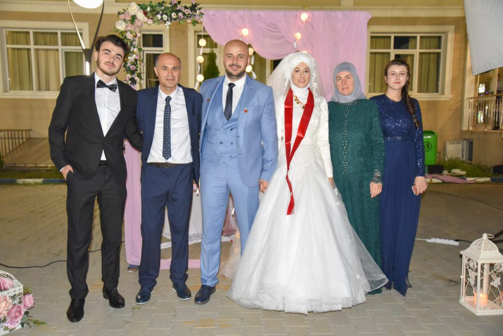 Drama güleniștilor din România. Ahmet și Tuba la nunta lor