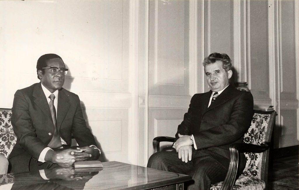 Robert Mugabe și Nicolae Ceaușescu