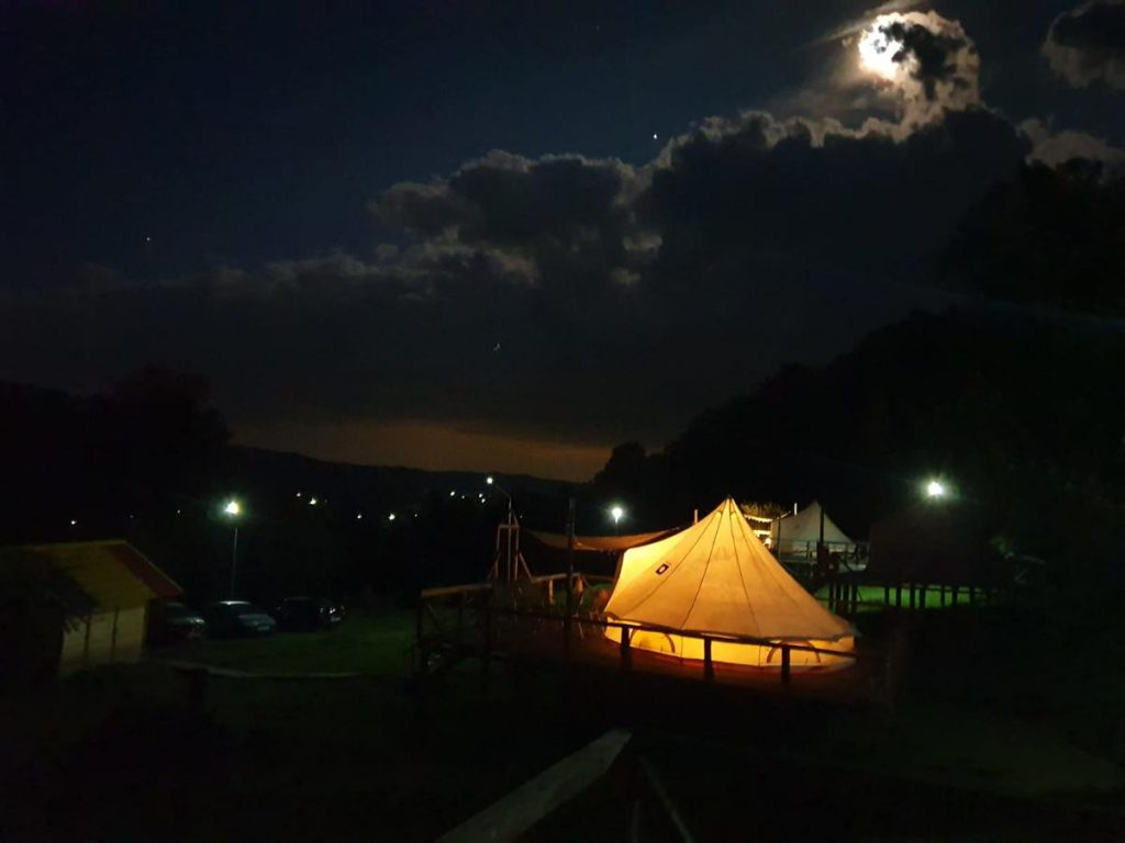 Sunrise Glamping Retreat - camping de lux, România