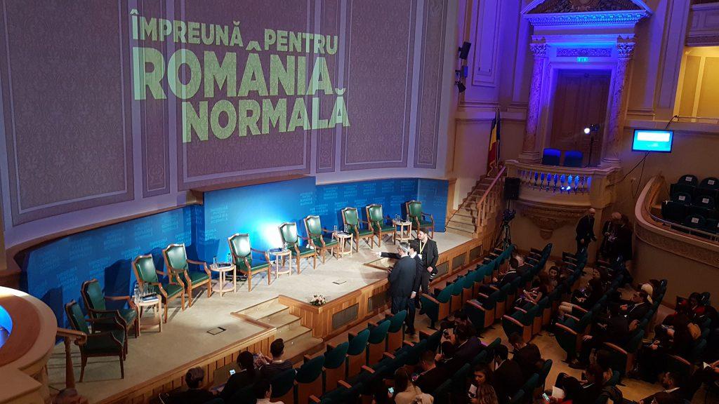 Sala în care are loc dezbaterea lui Klaus Iohannis
