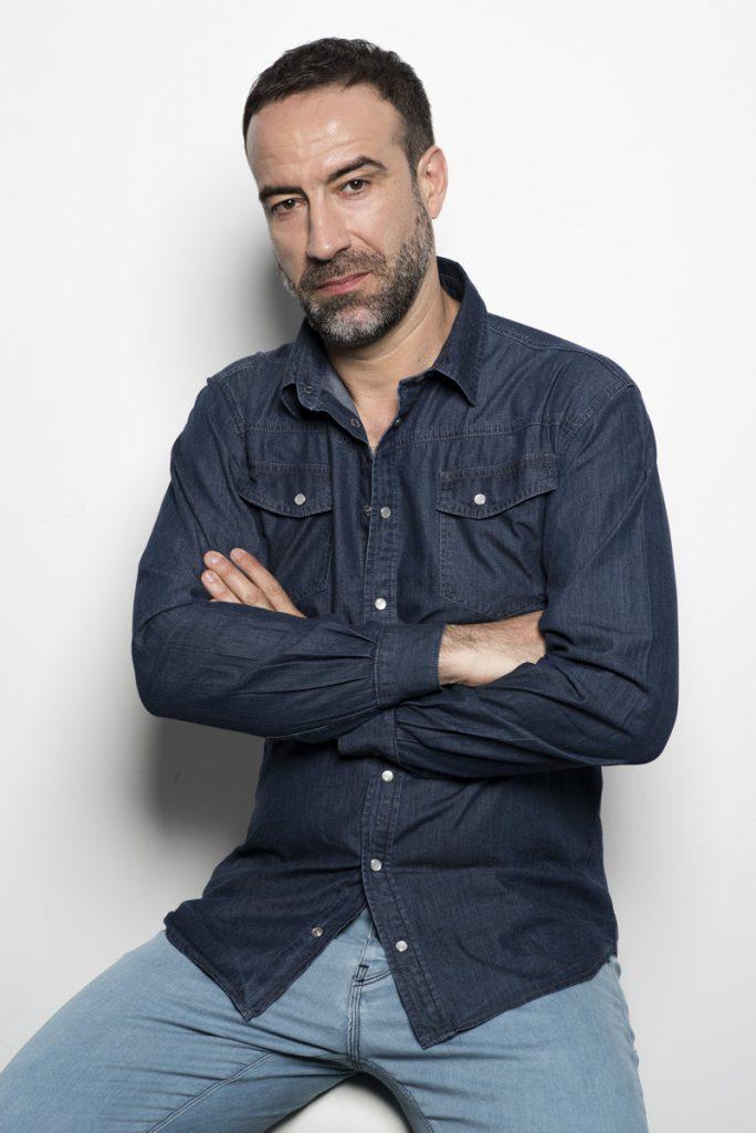 Șerban Pavlu, un dur doar în aparență. Și numai pe micul ecran
