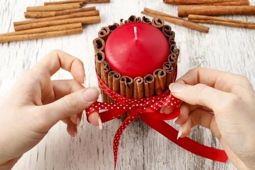 Lumânări parfumate pentru Crăciun