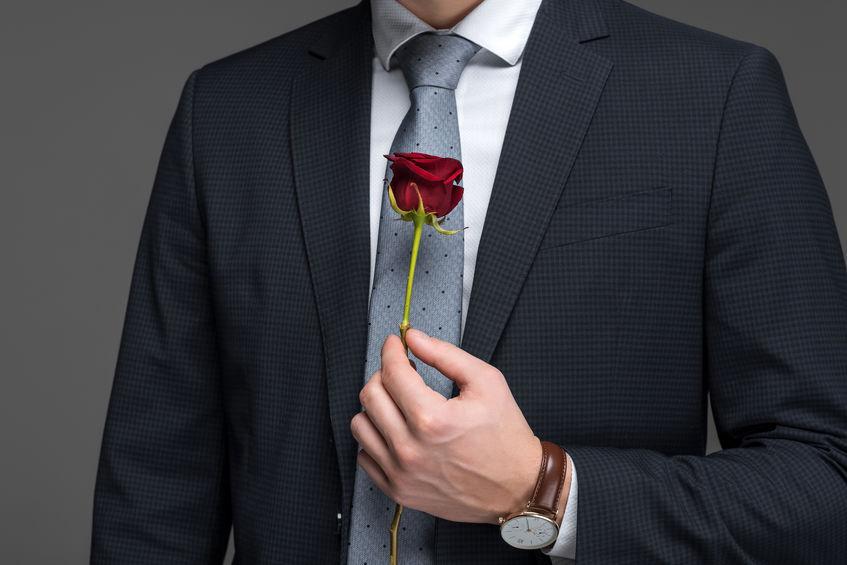 Trandafirul roșu - simbol pentru ziua bărbatului