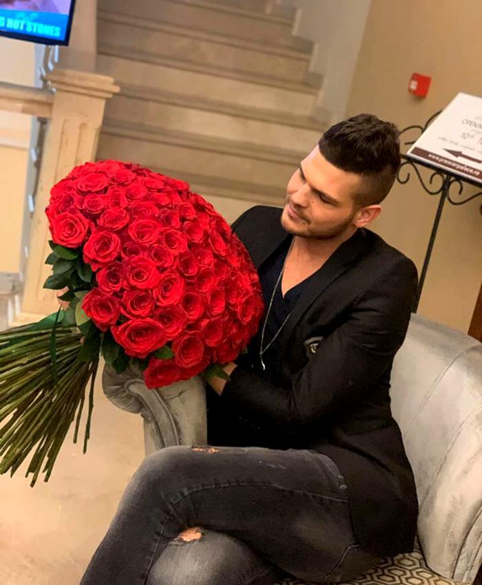 Răzvan Botezatu S-a Căsătorit în Germania. Prima Imagine Cu Iubitul Său | Libertatea